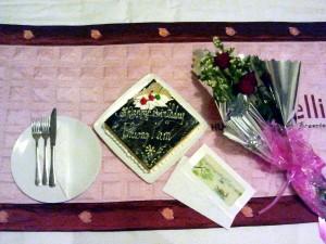 Blumen und Torte