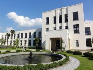 KeionSchool00016