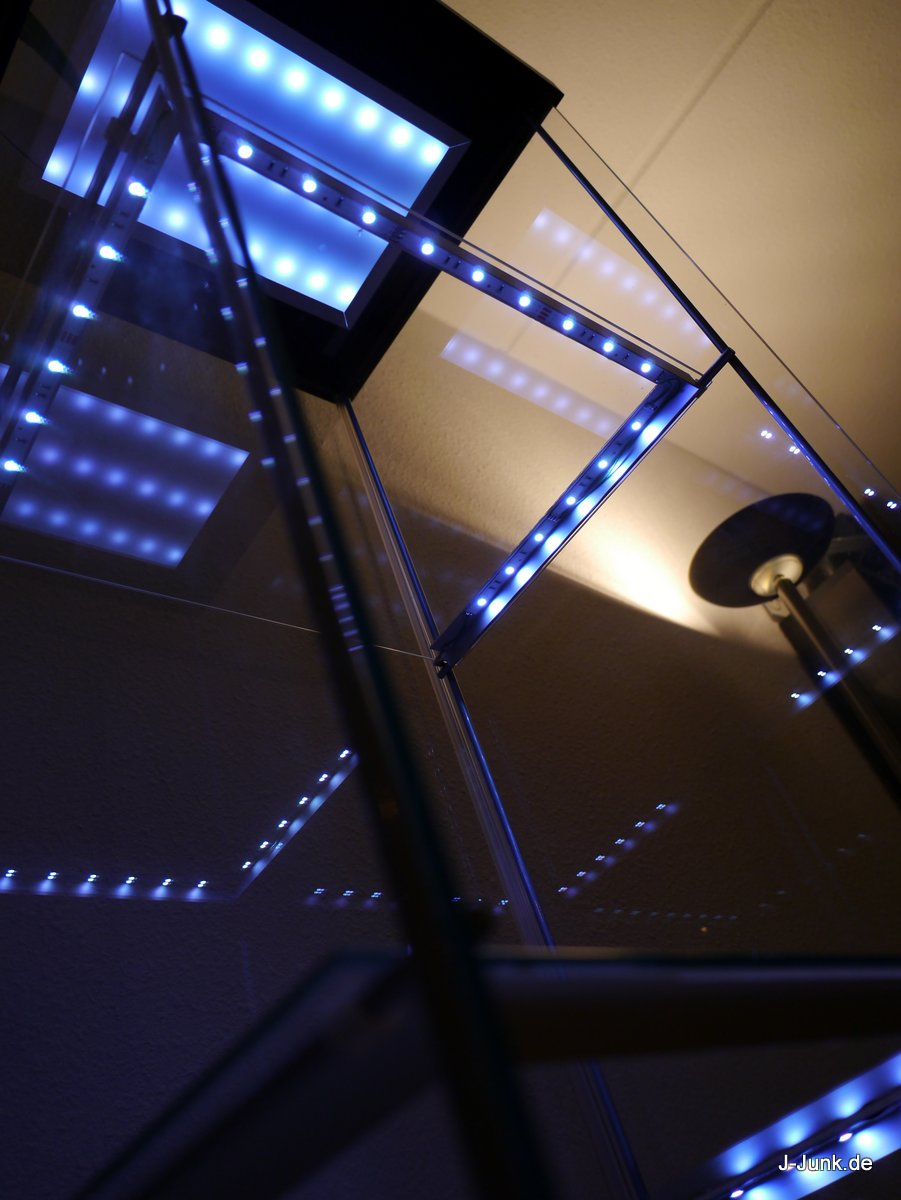 ikea detolf mit leds wireless ultimate version j junk hardcore to the core. Black Bedroom Furniture Sets. Home Design Ideas